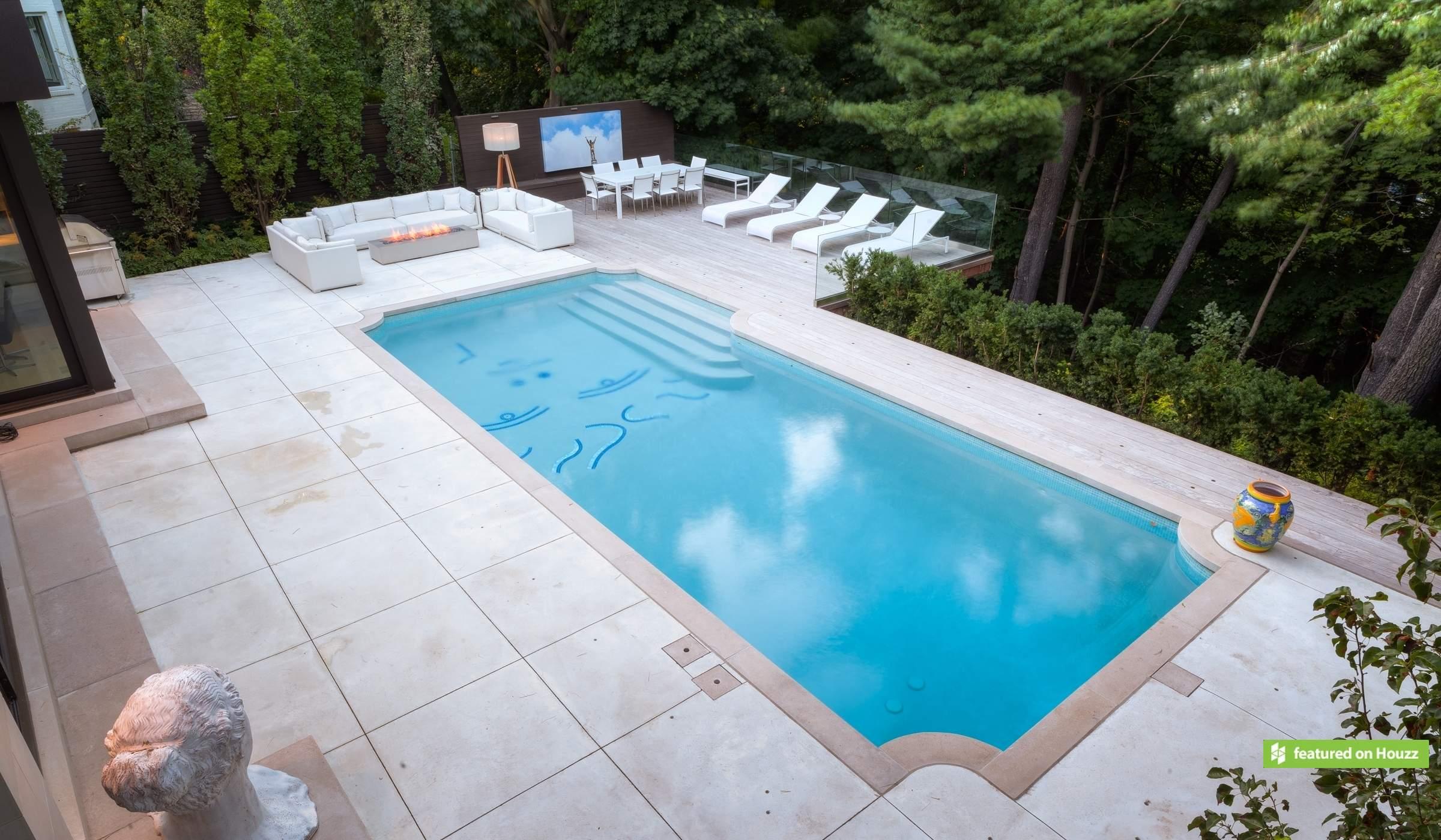 Geometric Betz Pools